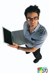Организации требуется специалист по ремонту ПК и ноутбуков.